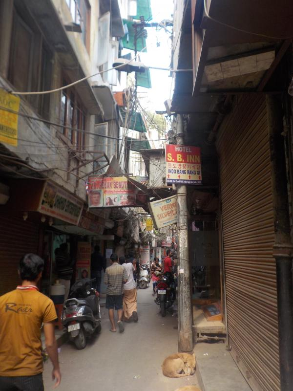 Main Bazar Road, New Delhi